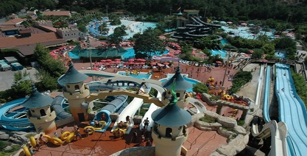 İzmir Aqua Fantasy Resort
