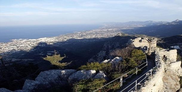 Kıbrıs St. Hilarion Kalesi