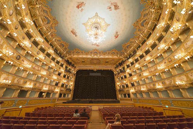 Görkemli Fenice Tiyatrosu: Venedik'te Rehberli Tur