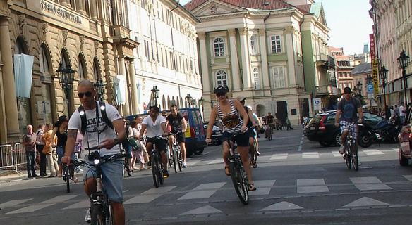 Prag: Elektrikli Bisikletle Klasik Şehir Turu