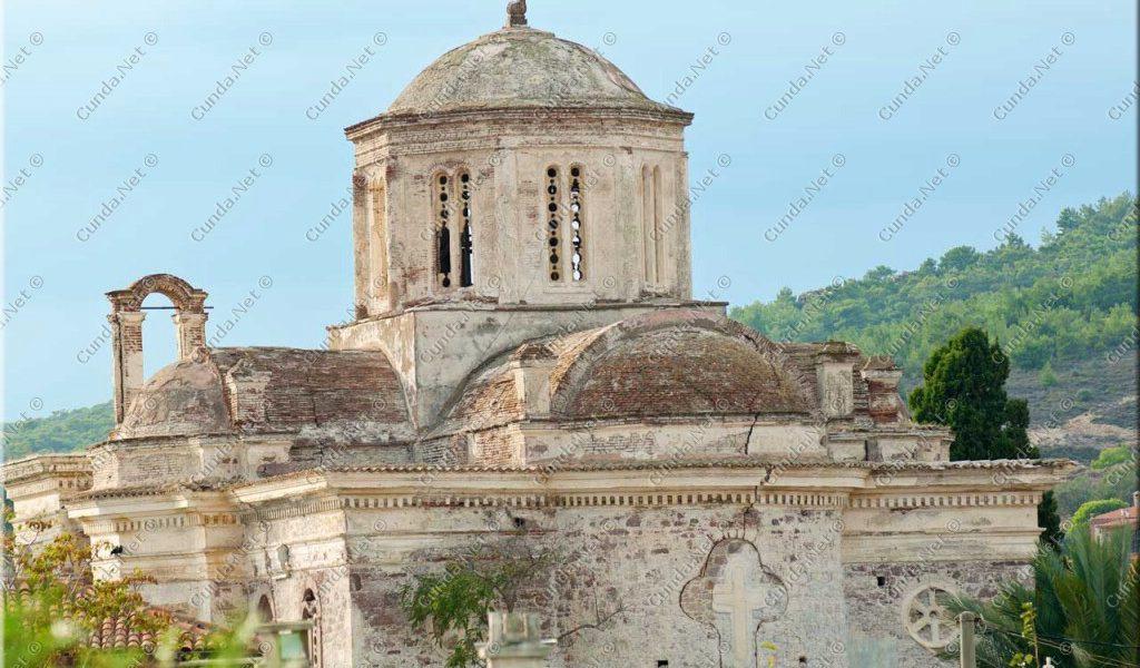 ayvalik kiliseleri