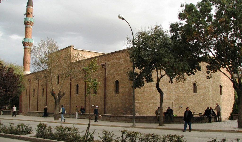 İplikçi Camii ve Medresesi