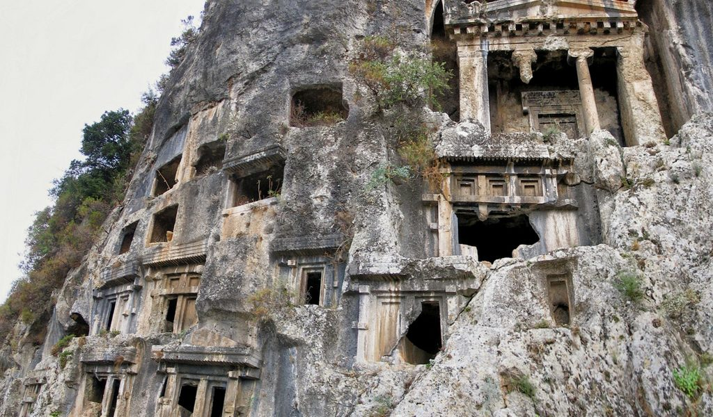 telmessos kaya mezarları