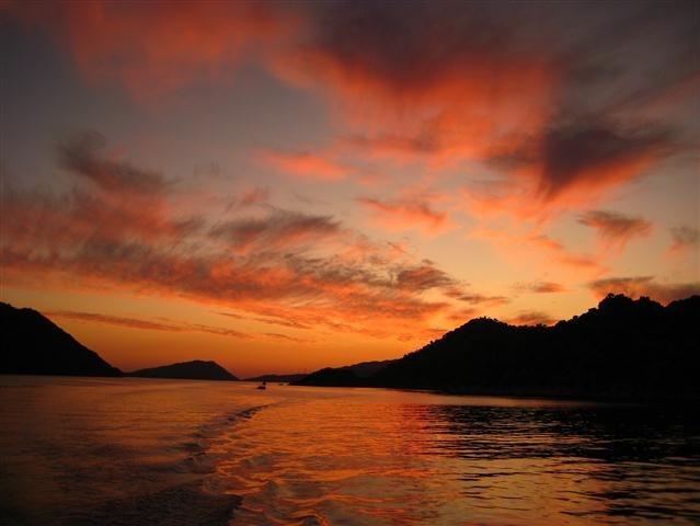 Kaş Adası Günbatımı Özel Cruise